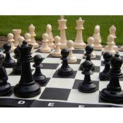 Capetan® Family vanjski šahovski set sa šahovskom pločom, otporan na vremenske uvjete, ABS plastika 92x92 cm površina šahovske ploče od vinila, prijenosna kutija s drškama, 21 cm, veličina kraljevske figure